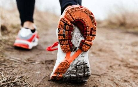 scarpe da riciclo-humana